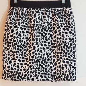 Ann Taylor Animal Print Straight Skirt, Sz 4